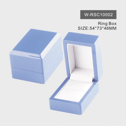 Light Blue Glossy Ring Box